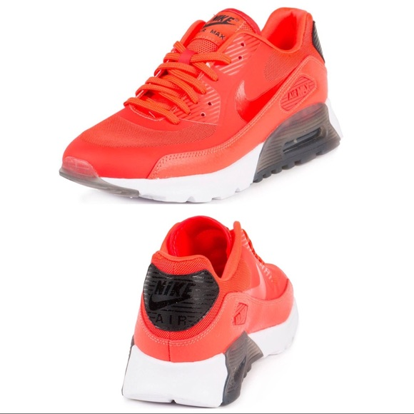 •Nike• Air Max W 90 Ultra Essential Running Shoes
